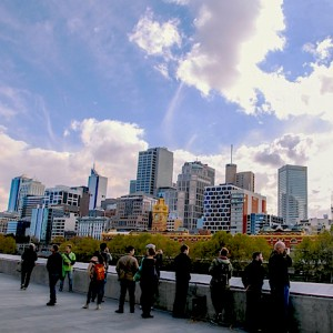'Melbourne Sights' Tour - South bank overlooking Melbourne Skyline
